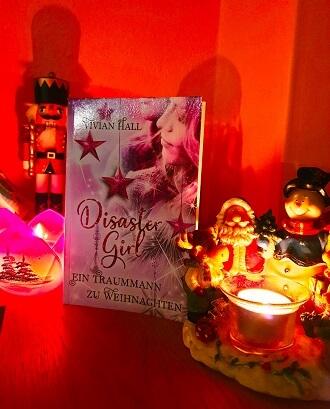 Disaster Girl: Ein Traummann zu Weihnachten von Vivian Hall